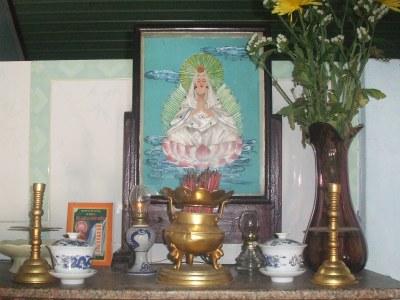 Tượng Phật Quan Âm bằng lụa
